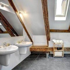 Отель 4 Arts Suites Чехия, Прага - отзывы, цены и фото номеров - забронировать отель 4 Arts Suites онлайн ванная фото 2