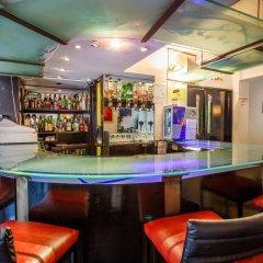 Отель La Reserve Великобритания, Лондон - отзывы, цены и фото номеров - забронировать отель La Reserve онлайн гостиничный бар
