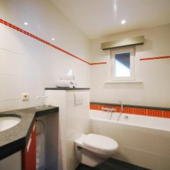 Отель Neutralia Бельгия, Остенде - отзывы, цены и фото номеров - забронировать отель Neutralia онлайн ванная