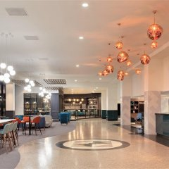 Отель Holiday Inn London Kensington Forum интерьер отеля