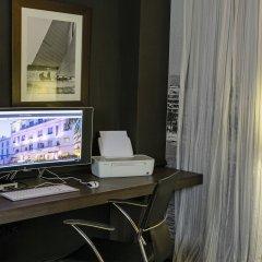 Отель Hôtel Le Canberra - Hôtels Ocre et Azur удобства в номере фото 2