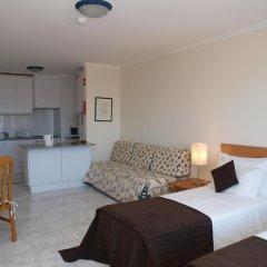 Отель Apartamentos Turisticos Jardins Da Rocha комната для гостей фото 3