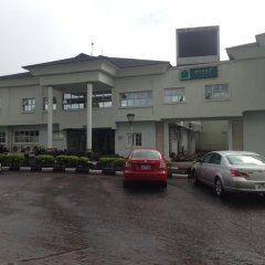Отель Ascot Resort and Hotel Нигерия, Энугу - отзывы, цены и фото номеров - забронировать отель Ascot Resort and Hotel онлайн парковка