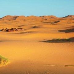 Отель Etoile Sahara Camp Марокко, Мерзуга - отзывы, цены и фото номеров - забронировать отель Etoile Sahara Camp онлайн приотельная территория