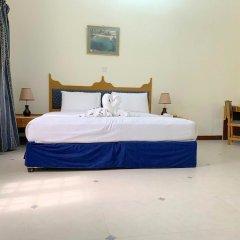 Отель Samharam Tourist Village сейф в номере