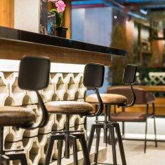 Отель Dang Derm in The Park Khaosan гостиничный бар