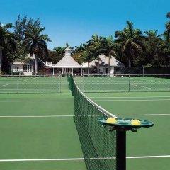 Отель Half Moon Ямайка, Монтего-Бей - отзывы, цены и фото номеров - забронировать отель Half Moon онлайн спортивное сооружение
