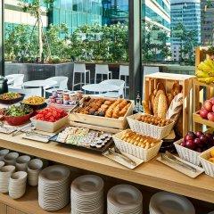 Отель YOTEL Singapore Orchard Road Сингапур питание фото 2