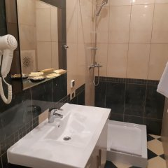 Гостиница Мини-отель Eleon Domodedovo в Домодедово 1 отзыв об отеле, цены и фото номеров - забронировать гостиницу Мини-отель Eleon Domodedovo онлайн ванная фото 2