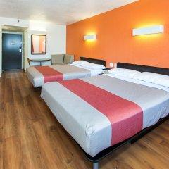Отель Motel 6 Los Angeles, CA - Los Angeles - LAX США, Инглвуд - отзывы, цены и фото номеров - забронировать отель Motel 6 Los Angeles, CA - Los Angeles - LAX онлайн комната для гостей фото 2