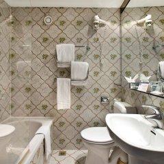 Отель Best Western Hotel Royal Centre Бельгия, Брюссель - 11 отзывов об отеле, цены и фото номеров - забронировать отель Best Western Hotel Royal Centre онлайн ванная