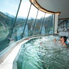 Alpenbad Hotel Hohenhaus бассейн