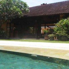 Отель Villa Orange бассейн