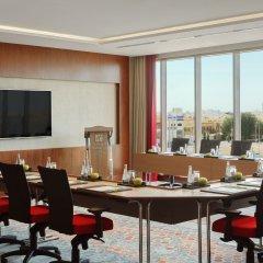 Отель Holiday Inn Jeddah Gateway