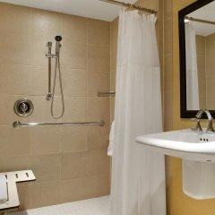 Отель Hilton Washington DC/Rockville Hotel & Executive Meeting Center США, Роквилль - отзывы, цены и фото номеров - забронировать отель Hilton Washington DC/Rockville Hotel & Executive Meeting Center онлайн ванная