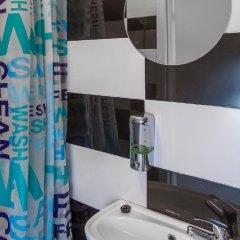 Отель Metro Centrum Guest Rooms ванная фото 2