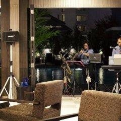 Отель Signature Pattaya Hotel Таиланд, Паттайя - отзывы, цены и фото номеров - забронировать отель Signature Pattaya Hotel онлайн гостиничный бар