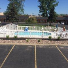 Отель Caravan Motel США, Ниагара-Фолс - отзывы, цены и фото номеров - забронировать отель Caravan Motel онлайн парковка