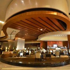 Отель Swissotel Living Al Ghurair Dubai гостиничный бар