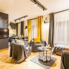Апартаменты Little Italy Apartment 140m2 комната для гостей фото 5