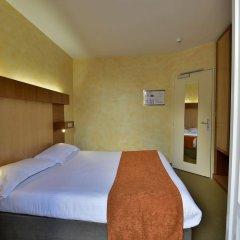 Отель Auberge de la Commanderie Франция, Сент-Эмильон - отзывы, цены и фото номеров - забронировать отель Auberge de la Commanderie онлайн комната для гостей