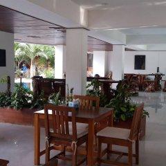 Отель Chaweng Lakeview Condotel гостиничный бар