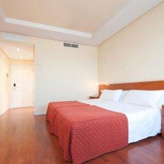 Отель Tryp Madrid Chamartin Испания, Мадрид - 1 отзыв об отеле, цены и фото номеров - забронировать отель Tryp Madrid Chamartin онлайн комната для гостей