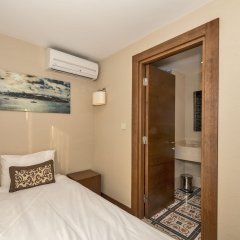 Viore Hotel Istanbul сейф в номере
