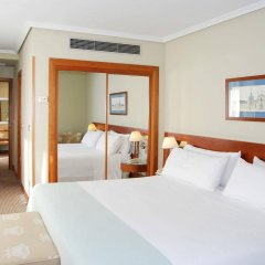 Отель TRYP Madrid Alameda Aeropuerto Hotel Испания, Мадрид - 2 отзыва об отеле, цены и фото номеров - забронировать отель TRYP Madrid Alameda Aeropuerto Hotel онлайн комната для гостей фото 5
