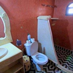 Отель Dar Tafouyte Марокко, Мерзуга - отзывы, цены и фото номеров - забронировать отель Dar Tafouyte онлайн ванная