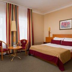 Гостиница Октябрьская комната для гостей фото 15