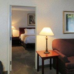 Отель Quality Inn & Suites Albuquerque Downtown - University комната для гостей фото 4
