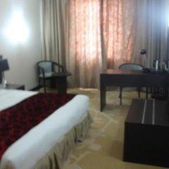 Отель Golden Tulip Ibadan Нигерия, Ибадан - отзывы, цены и фото номеров - забронировать отель Golden Tulip Ibadan онлайн комната для гостей фото 4