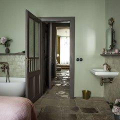 Отель The Emerald ванная фото 2