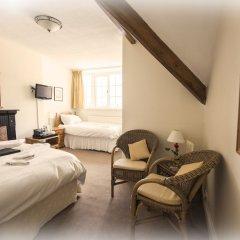 Отель St Raphael Guest House комната для гостей фото 4