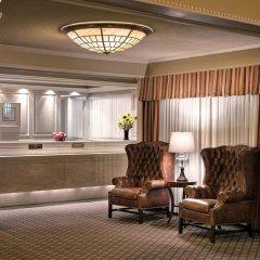 Отель Royal Scot Hotel & Suites Канада, Виктория - отзывы, цены и фото номеров - забронировать отель Royal Scot Hotel & Suites онлайн интерьер отеля фото 2