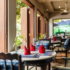 Отель Burasari Heritage Luang Prabang гостиничный бар