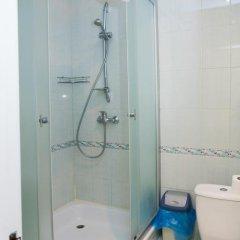 Гостиница Moskva Hotel в Алуште 9 отзывов об отеле, цены и фото номеров - забронировать гостиницу Moskva Hotel онлайн Алушта ванная