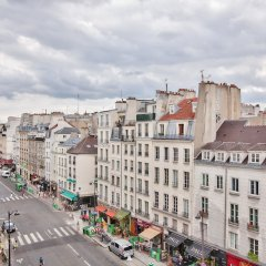 Отель Superbe appartement Saint-Paul - Le Marais Париж балкон