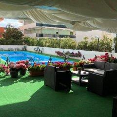 Hotel City Монтезильвано бассейн фото 2