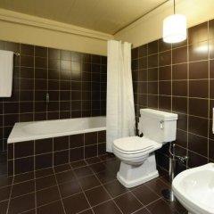 Отель Casa de Docim Португалия, Фафе - отзывы, цены и фото номеров - забронировать отель Casa de Docim онлайн ванная фото 2
