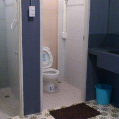 Отель B-trio Guesthouse Таиланд, Краби - отзывы, цены и фото номеров - забронировать отель B-trio Guesthouse онлайн ванная фото 2