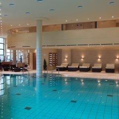 Отель Sheraton Berlin Grand Hotel Esplanade Германия, Берлин - 6 отзывов об отеле, цены и фото номеров - забронировать отель Sheraton Berlin Grand Hotel Esplanade онлайн бассейн