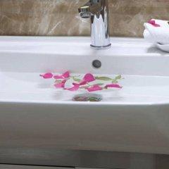 Отель Rising Dragon Legend Hotel Вьетнам, Ханой - отзывы, цены и фото номеров - забронировать отель Rising Dragon Legend Hotel онлайн ванная фото 2
