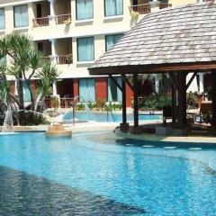 Отель Patong Paragon Resort & Spa бассейн фото 2