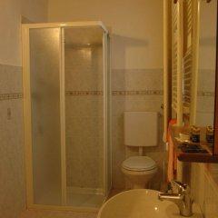 Отель Guest House Santambrogio Италия, Флоренция - отзывы, цены и фото номеров - забронировать отель Guest House Santambrogio онлайн ванная фото 2
