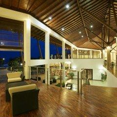 Отель The Calm Resort & Spa интерьер отеля