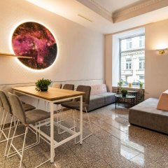 Отель Starlight Suiten Hotel Renngasse Австрия, Вена - 4 отзыва об отеле, цены и фото номеров - забронировать отель Starlight Suiten Hotel Renngasse онлайн интерьер отеля