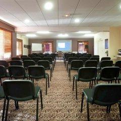 Отель Mercure Bords De Loire Saumur Сомюр помещение для мероприятий