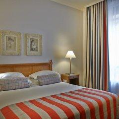 Отель Royal Hotel Paris Champs Elysées Франция, Париж - отзывы, цены и фото номеров - забронировать отель Royal Hotel Paris Champs Elysées онлайн комната для гостей фото 3